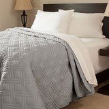 Lavish Home Solid Color Bed Quilt, Twin, Silver
