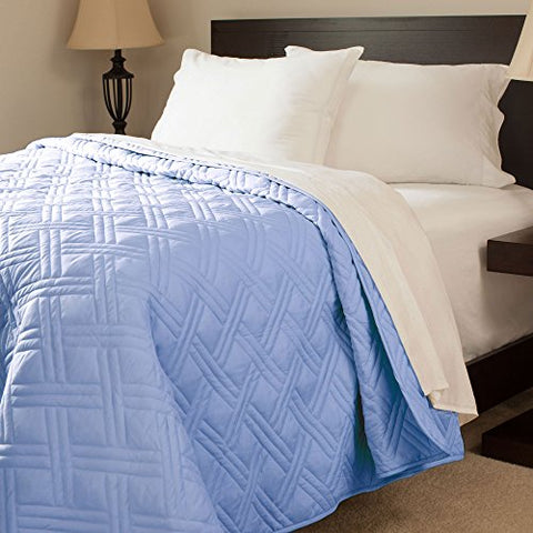 Lavish Home Solid Color Bed Quilt, Full/Queen, Blue