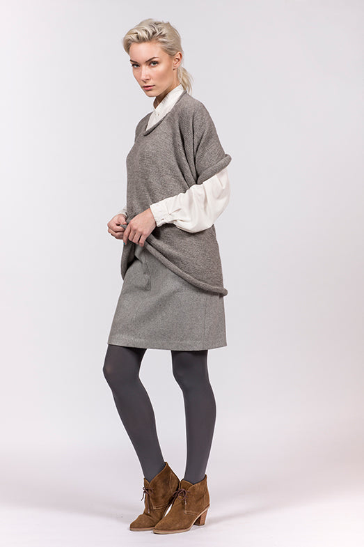 Elementum multifuncional top, scarf or hoody in lightgrey alpaca and merino wool