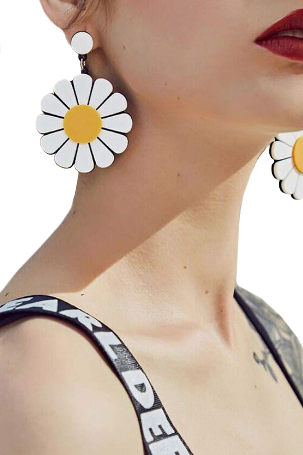 CupNami Sunflower Shaped Acrylic Earrings