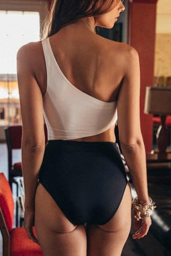 CupNami Black And White One Shoulder One Piece Swimsuit