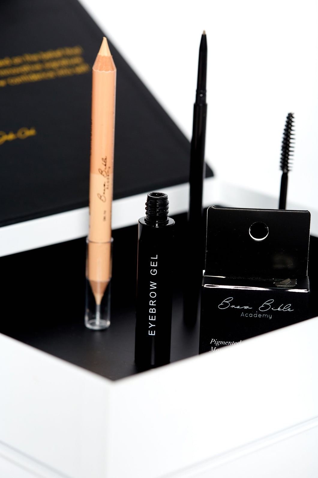 The Essential Brow Henna Kit