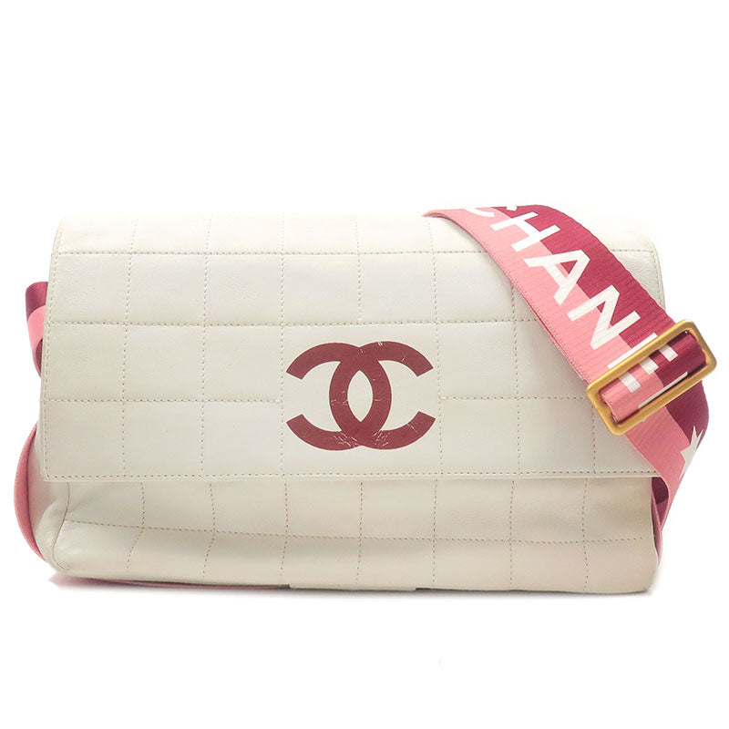 CHANEL-Chocolate-Bar-Leather-Shoulder-Bag-White-6412560