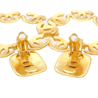 CHANEL Coco Mark Vintage Swing Earrings Gold 97P