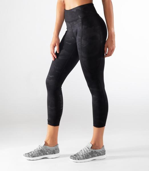 Virus | EAU28 BioCeramic Compression 7/8 Length Pant - XTC Fitness - Toronto, Canada