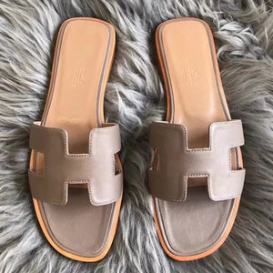 Hermes Oran Sandals In Taupe Swift Leather