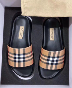 Burberry Women's Vintage Check And Leather Slides Apricot