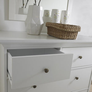 Furniture To Go Paris 4-Drawer Chest in White (701767164949)