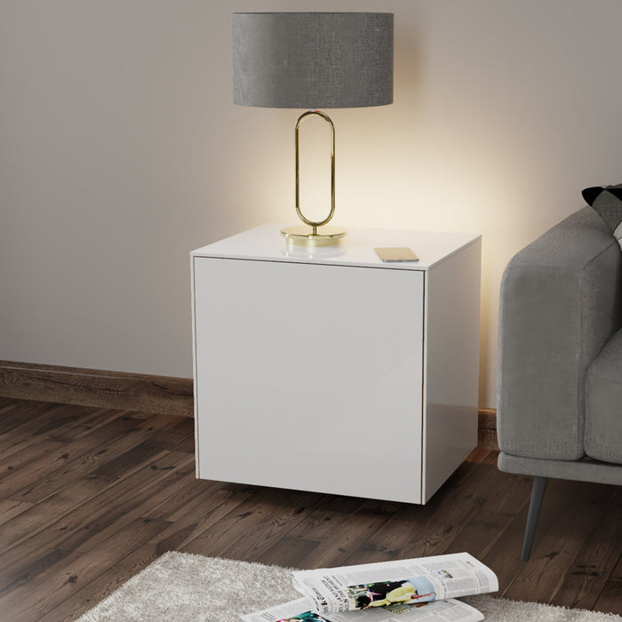Frank Olsen High Gloss White Lamp Table with LED Lighting and Wireless Phone Charging