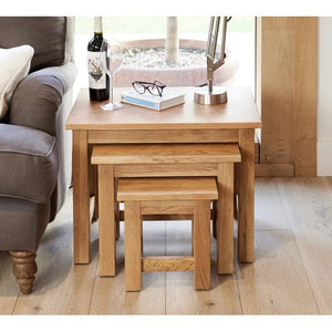 baumhaus mobel oak nest of 3 coffee tables cor08a