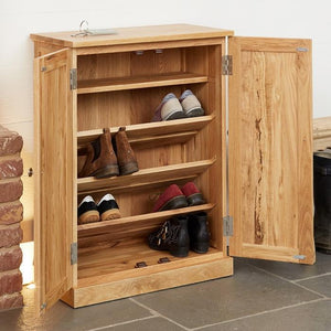 Baumhaus Mobel Oak Shoe Cupboard (COR20A)