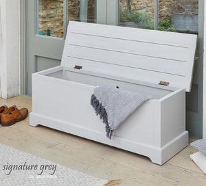 Baumhaus Signature Grey Hallway Storage Bench (CFF20B)