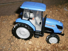 Load image into Gallery viewer, Diamond Pet 1/32 Scale Tractor Iseki (Japan Import)