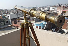 Load image into Gallery viewer, 40'' Superb Power Coated Optics And Clarity Brass Stand Telescope/Brass Spyglass. C-3214