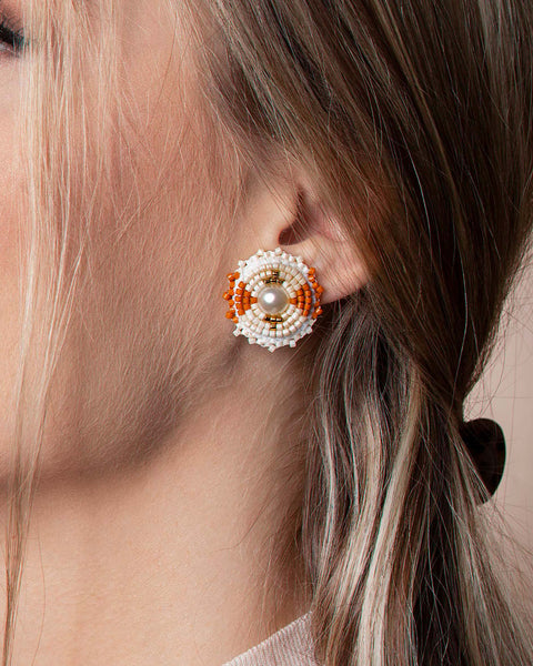 K&R Signature Stud in Ivory and Tawny