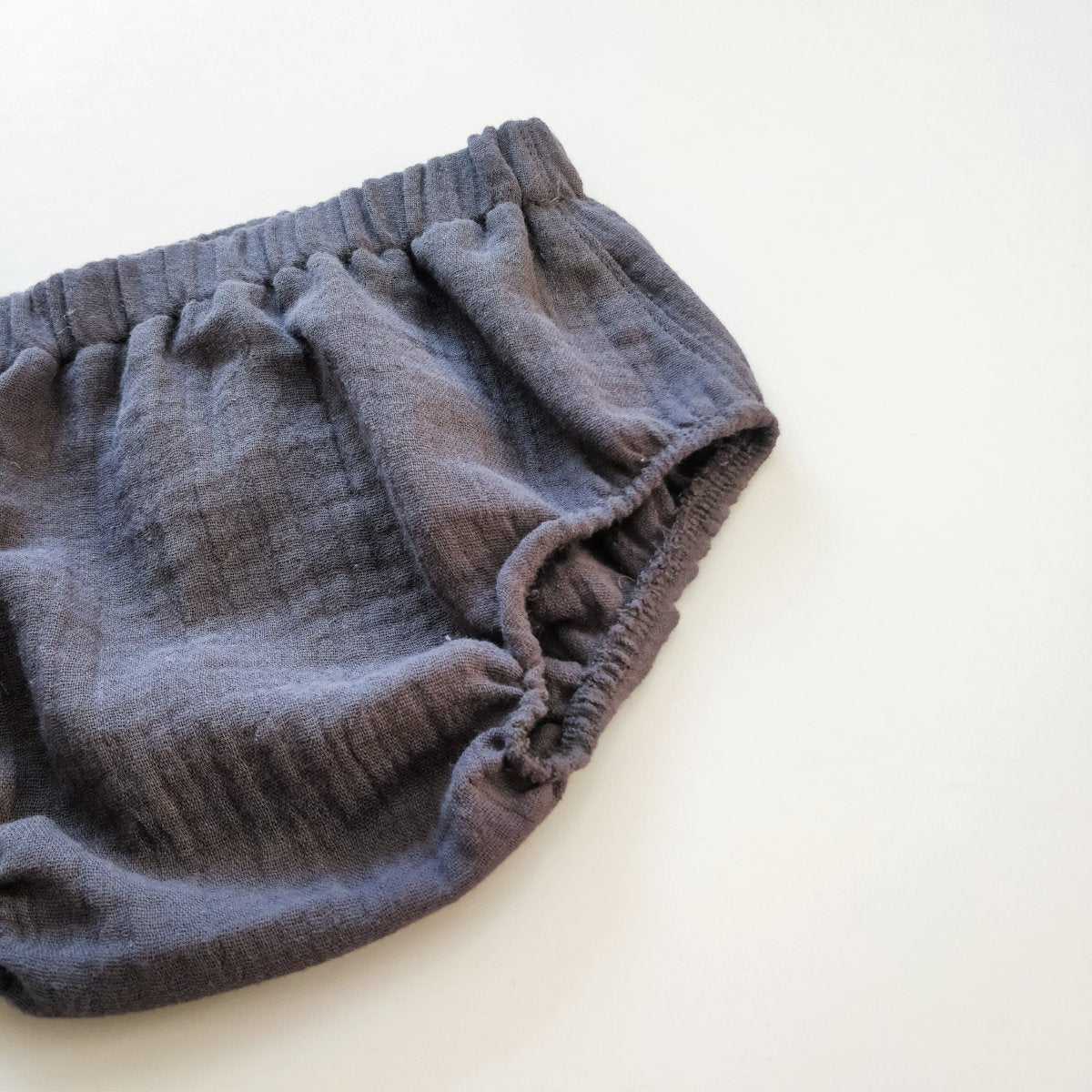Muslin bloomers, charcoal
