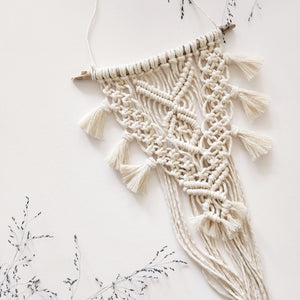 Macramé Wallhanging, Small