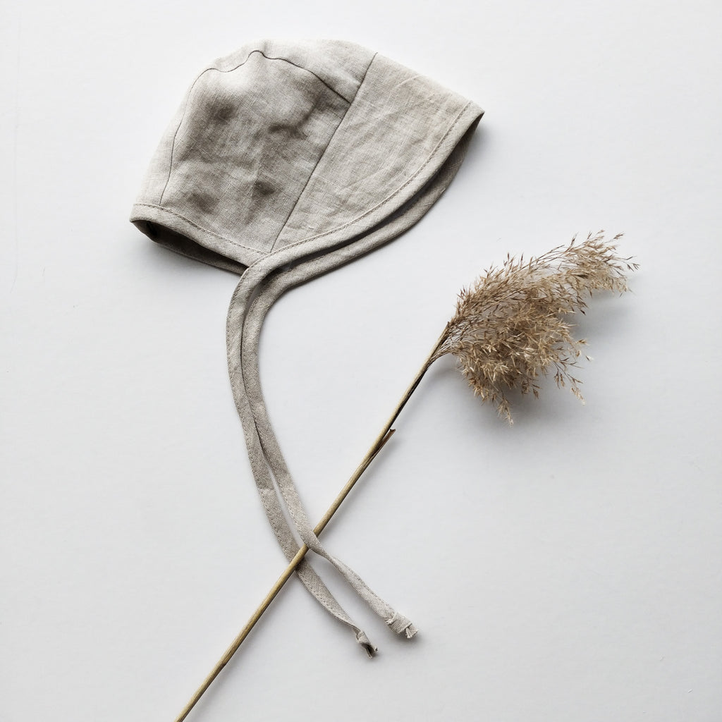 Linen bonnet with a cap, Natural linen