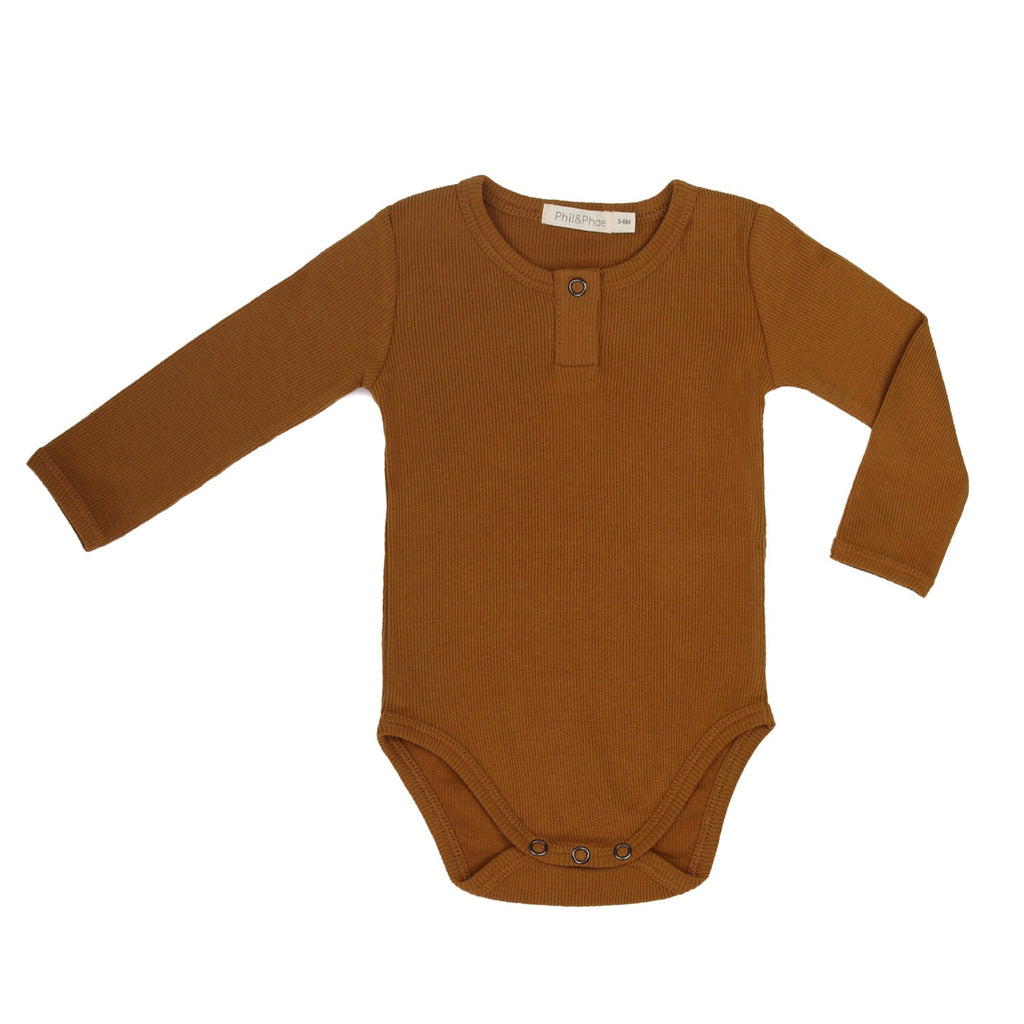 Rib henley baby body with long sleeves by sustainable kidswear brand Phil&Phae