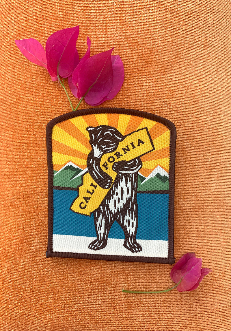 California Bear Hug Patch / embroidered accessories / mountains CA state pride / souvenir nature