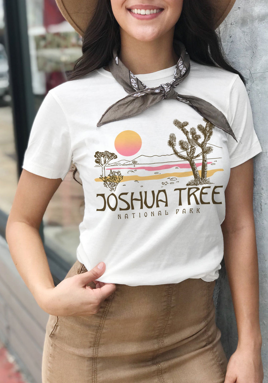 Joshua Tree Tee / womens graphic tees / California vintage style souvenir t shirt / national park / southwest desert travel shirt