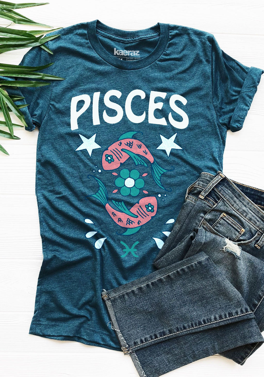The Pisces Tee / womens graphic tees / 60s 70s vintage style t shirt / zodiac fish astrology gifts tshirt / witchy clothing mystical shirts