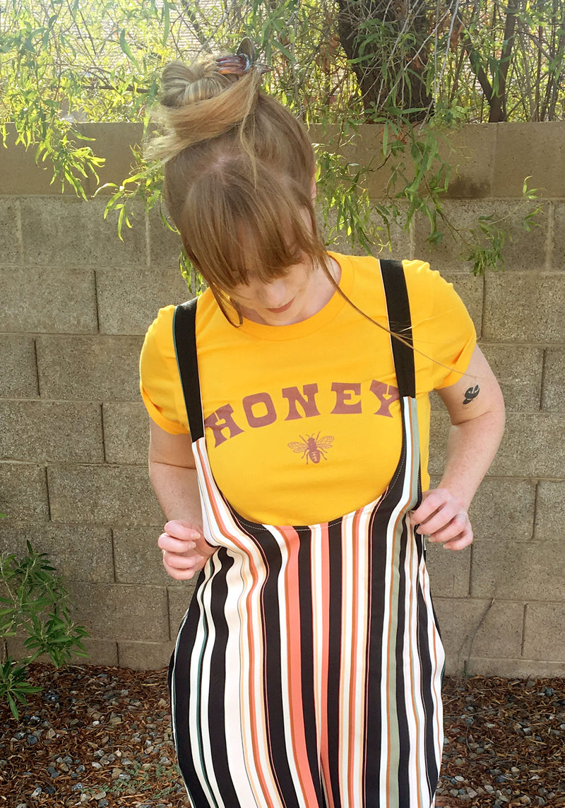 Honey Bee Tee / womens graphic tees / vintage style 60s 70s t shirt / save the bees / uh huh honey gold shirt