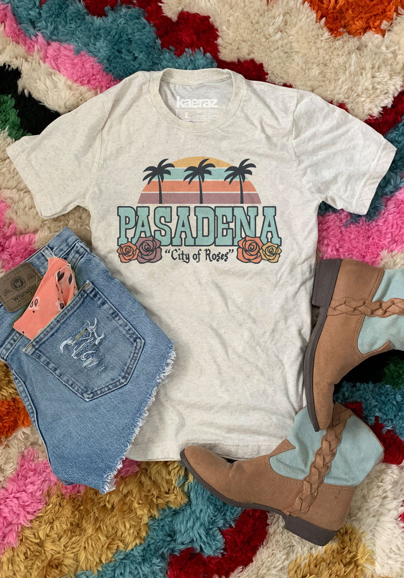 Pasadena Tee / womens graphic tees / California vintage style souvenir t shirt / city of roses crown rose / cali west coast travel shirt