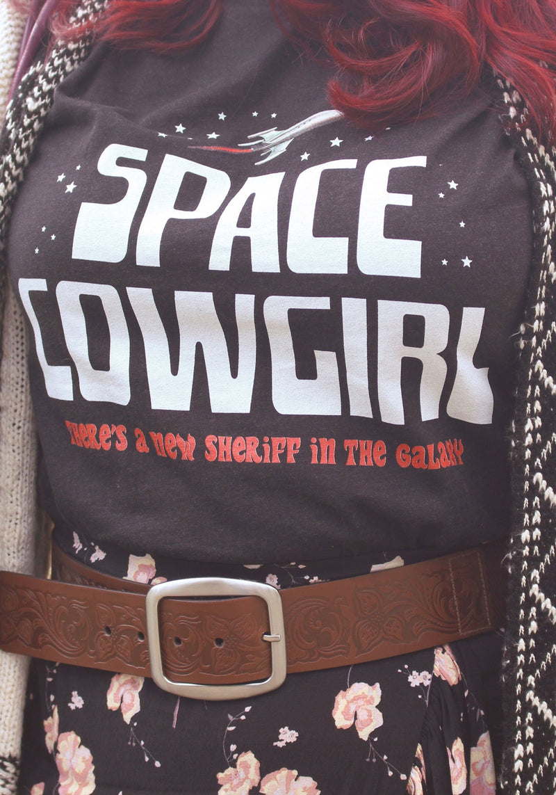 Space Cowgirl Tee / womens graphic tees / vintage style 70s sci fi women / outer space galaxy milky way universe tshirt / vintage t shirt