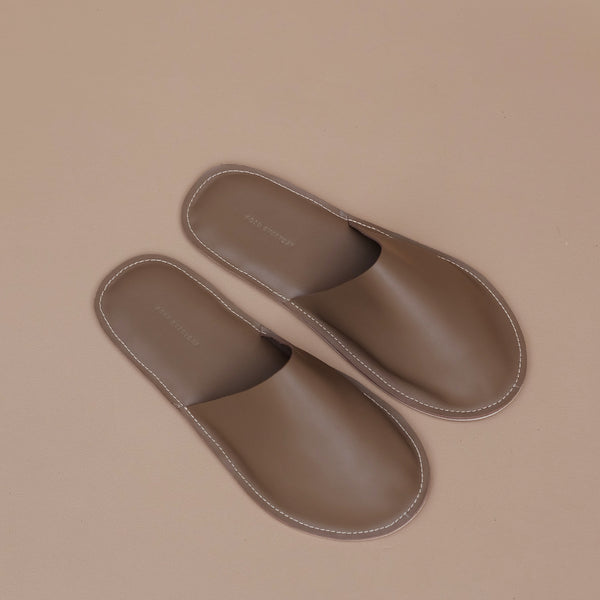 Lounge Slippers in Taupe Leather
