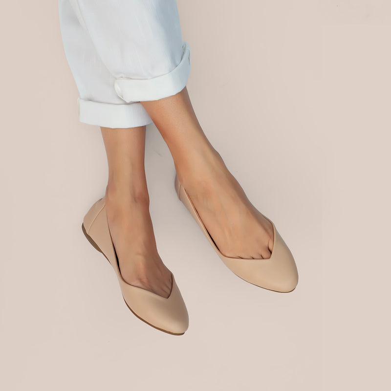 Pointy Basic in Beige
