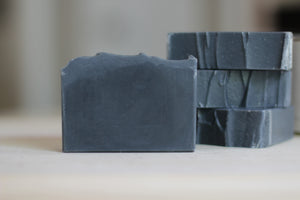 CHARCOAL & TEA TREE aloe vera soap