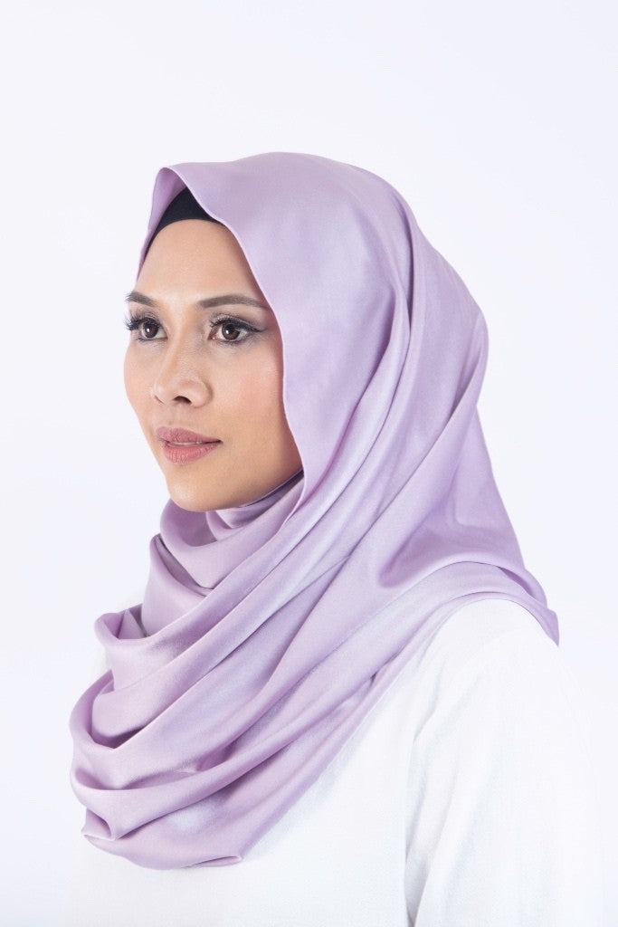 LUXE Satin Silk Snood in Amethyst