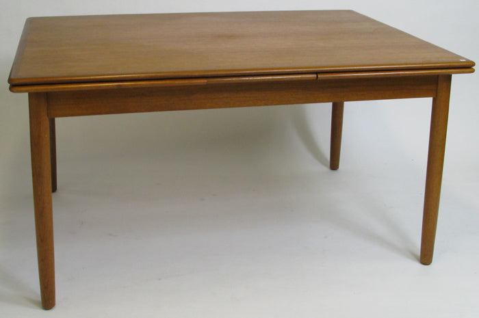 Danish dining table in teak. Please contact us regarding size and price.