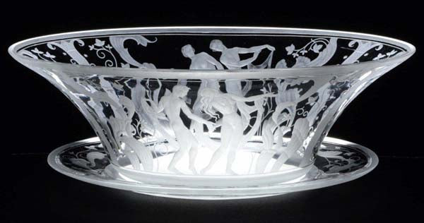 Orrefors engraved bowl with plate. Signed S Gate Orrefors. L: 38cm/15