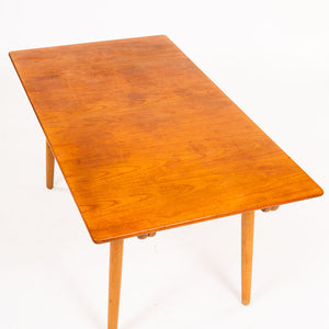 Hans Wegner matbord Andreas Tuck AT 310