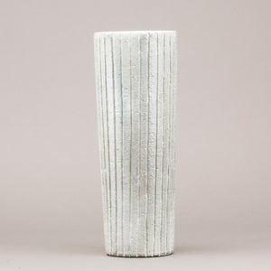 "Golvvas ""Trinidad"" av Mari Simmulson för Upsala-Ekeby, 1958. Märkt UE SWEDEN 4366. 40,5cm hög ""Trinidad"" floor vase by Mari Simmulson for Upsala-Ekeby, 1958. Marked UE SWEDEN 4366. H: 40,5cm/15,9″"
