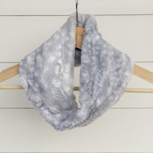 Chickadee Luxe Cuddle Infinity Scarf in Silver Fawn Minky