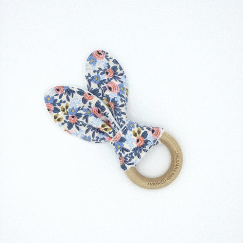 Rifle Paper Co. Les Fleurs Rosa Periwinkle Birch Teething Ring