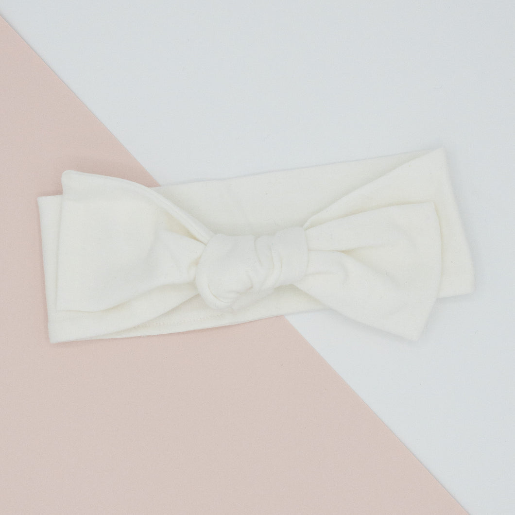 Knotted Bow Knit Headband in White