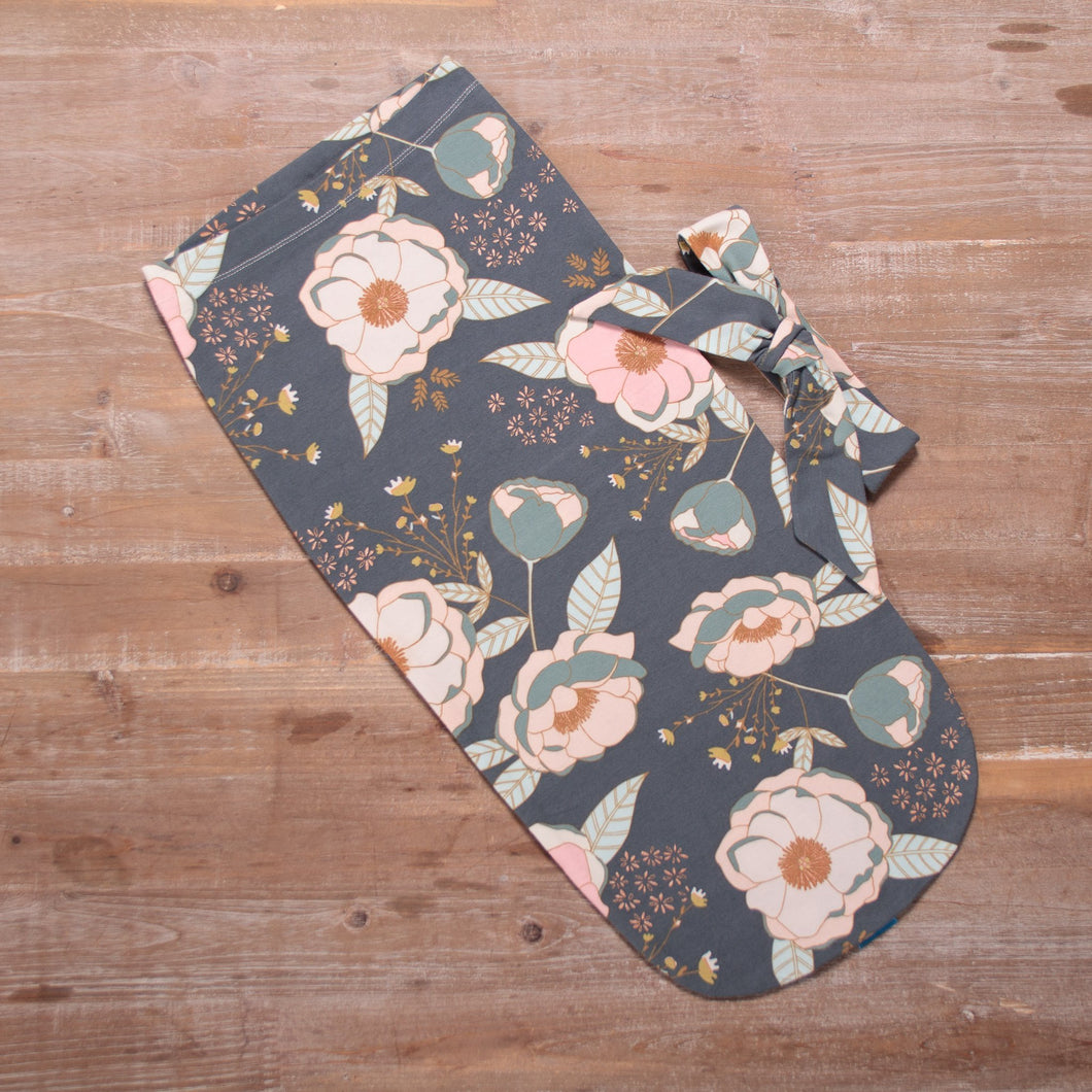 Swaddle Pod in Sprinkled Peonies Rose Gold Metallic