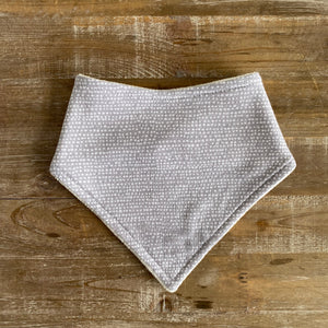 Bandana Bib in Gray Moonscape