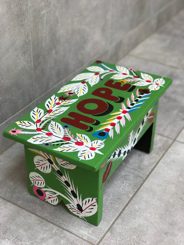 "Green stool in car rapide art ""Hope"""