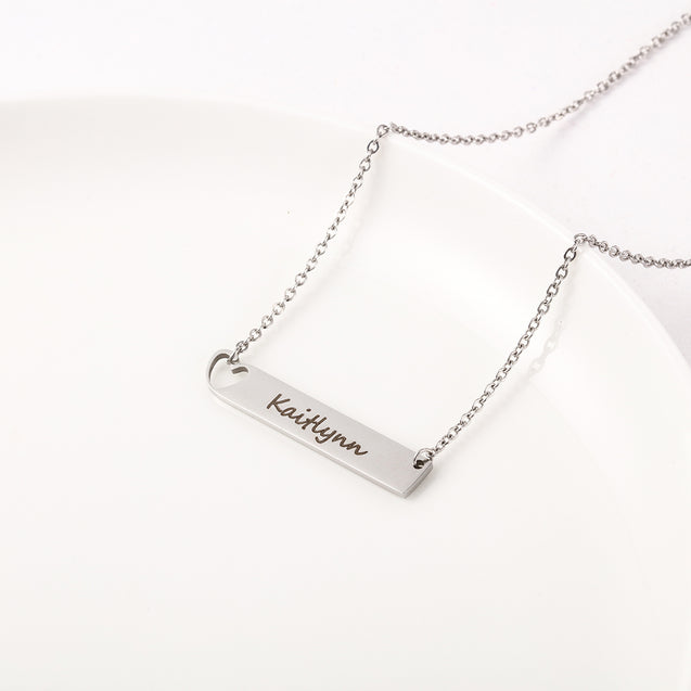 Engraved Name Neckalce Bar Necklace with Heart Gift for Friends