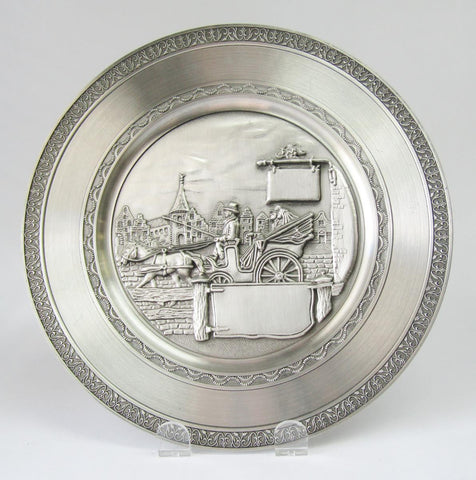Pewter Plate – Wedding Coach II | Rubies Inc., Chatham, Ontario, CA