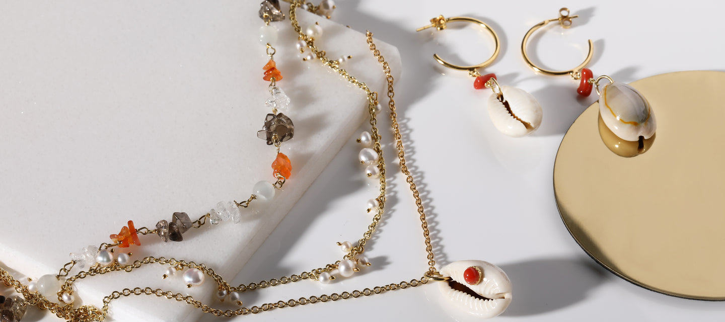 Vintouch Jewels Marina Collection Coral and Cowrie Shell Necklace and Hoop Earrings