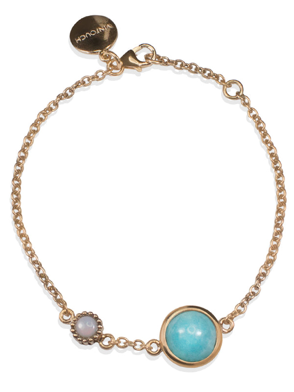 Amazonite for positive energy. Vibrant and full of style, our Satellites collection brings semi-precious gemstones to life for a fresh everyday look. This bracelet features Amazonite and Opal stones set in 18k rose gold vermeil on sterling silver. The chain size is adjustable.
