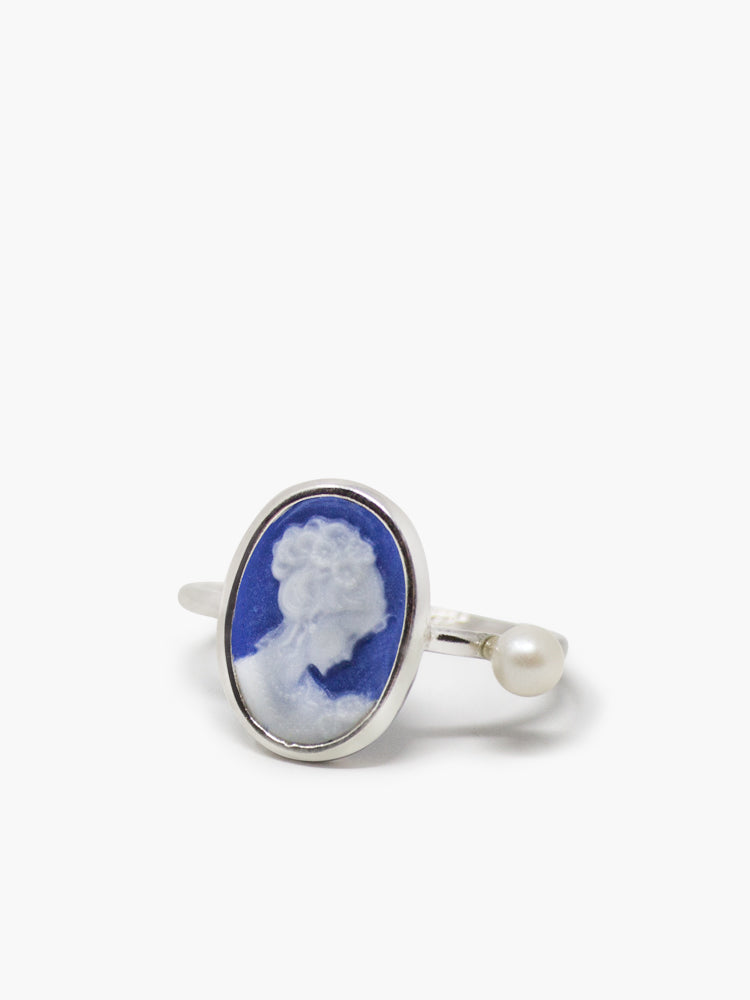 Sterling Silver Hand-carved Blue Mini Cameo Ring Set With A Pearl