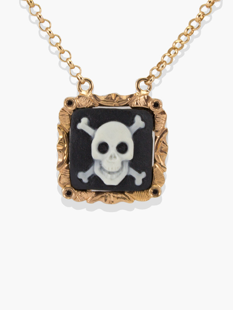 Skull & Crossbones Cameo Necklace | Vintouch Jewels