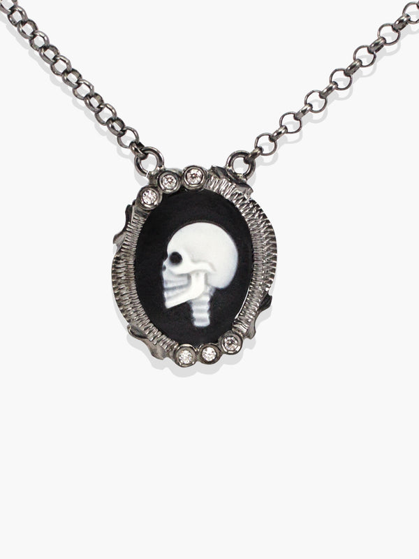 Vintouch Skull Cameo Necklace